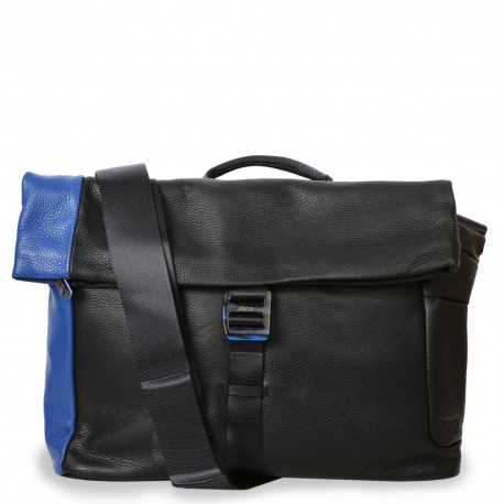 Messenger in Black and Submarine