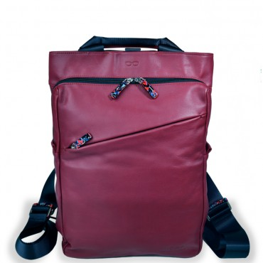Backpack Shopper in Dark Red and Black